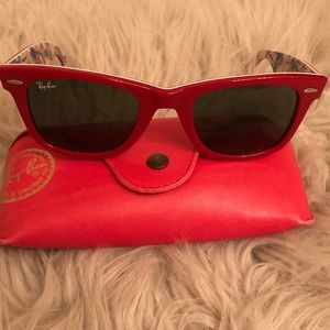 💯authentic Ray Ban sunglasses